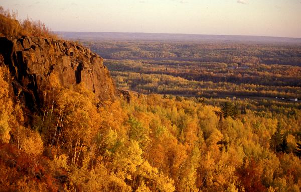 Fall colors on Elys Peak
